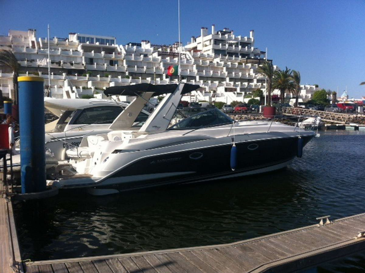 Monterey 355 SY 2009 LuxYachts